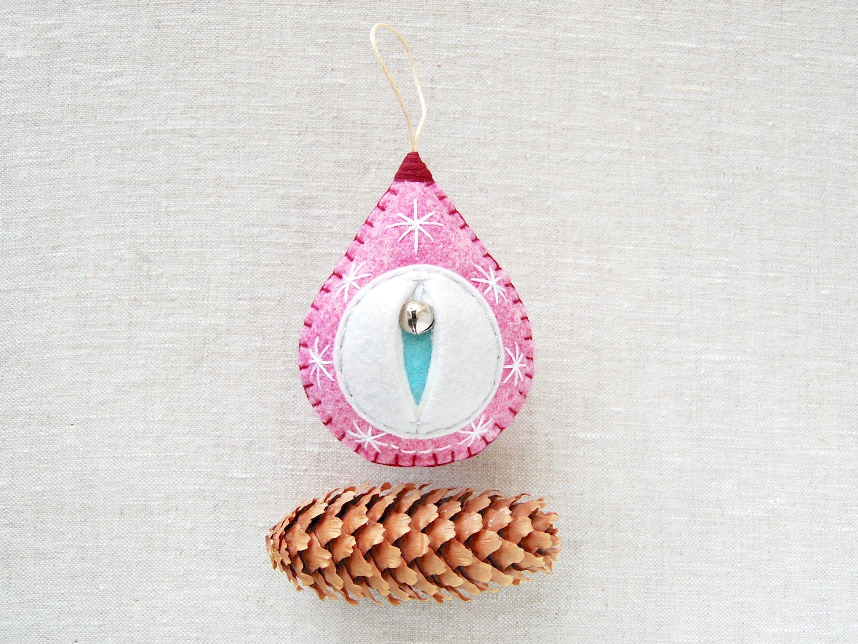 Vagina ornament