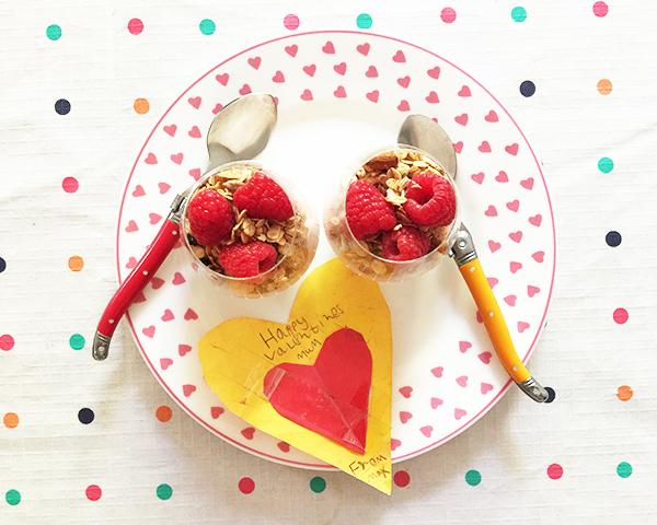Raspberry Yoghurt Breakfast Parfait