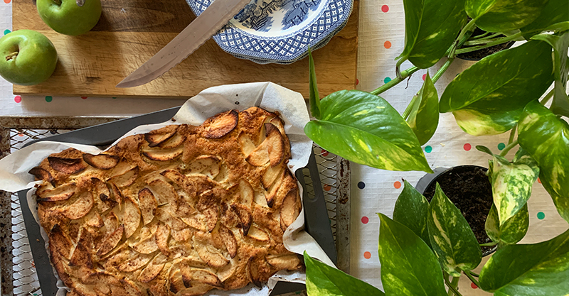 Golden spiced apple slice recipe